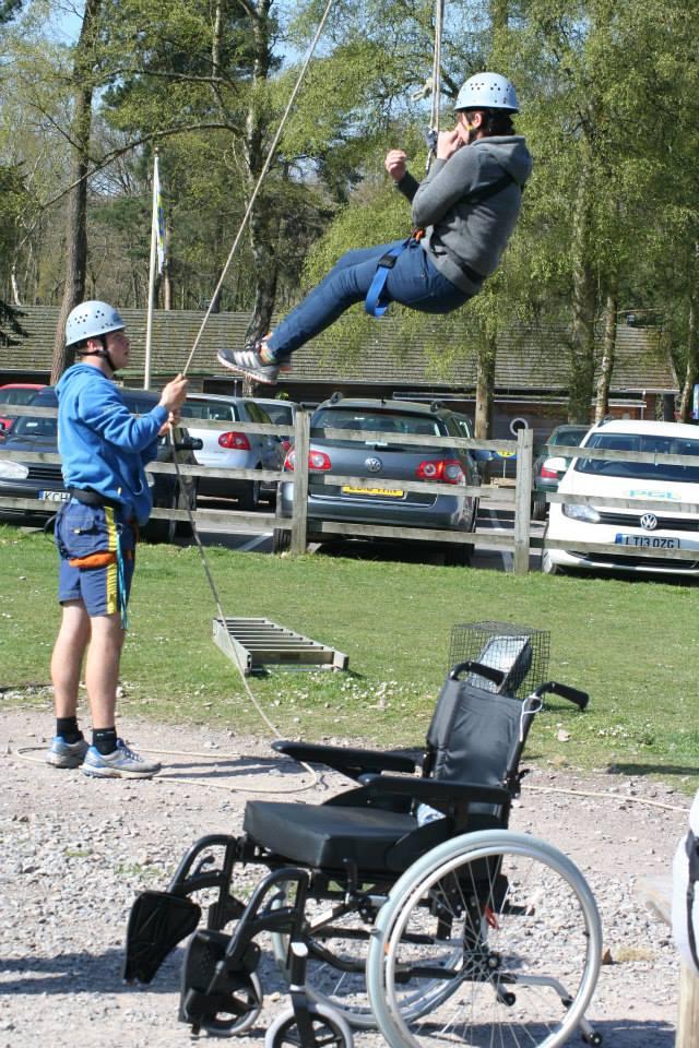 people testing ropes